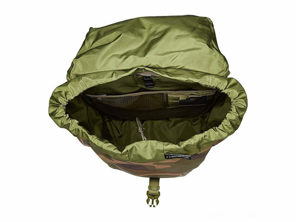 Herschel Supply Co. Barlow Medium Woodland Camo
